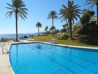 Costa-Natura Pool